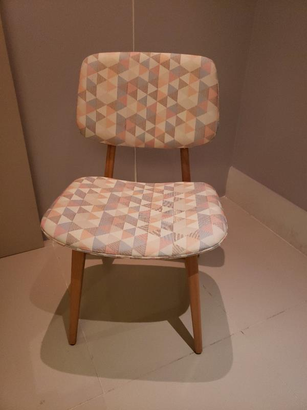 Cadeira Dantes (A)