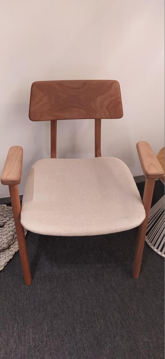 Cadeira  Dera (A)