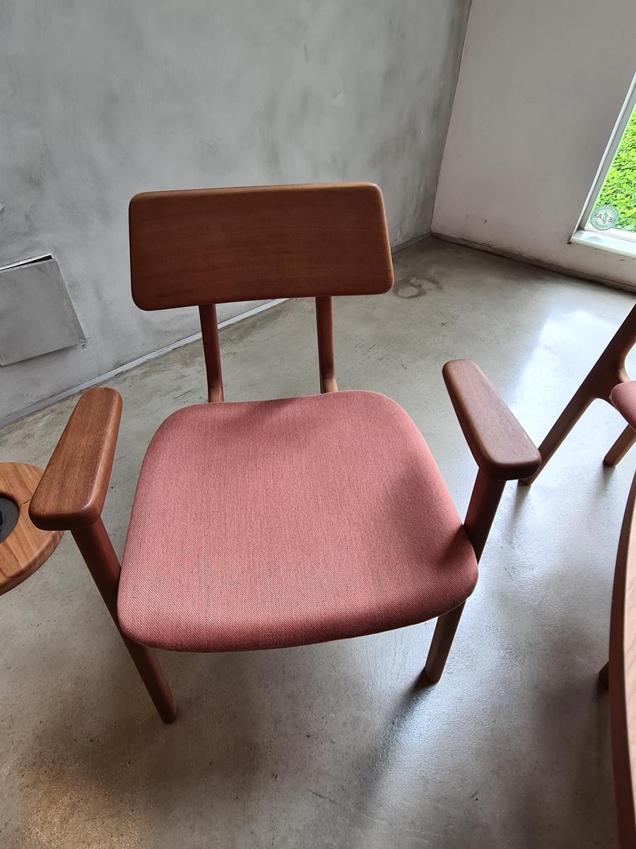 Cadeira  Dera Com Braço (I)