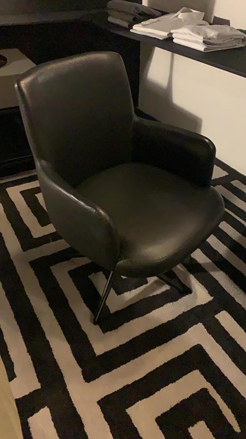 Cadeira Neo Giratória (A)