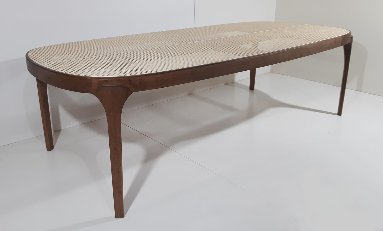 Mesa de Jantar Board (C)
