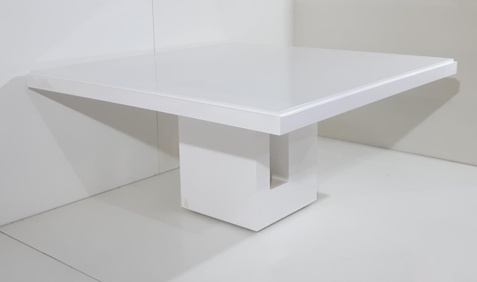 Mesa de Jantar Toten (B)
