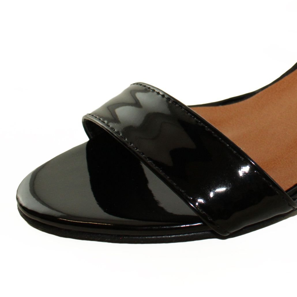Sandália Salto Baixo Fino Luiza Sobreira Verniz Preto Mod. 2010