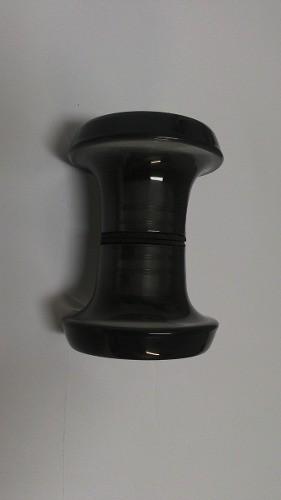 Puxador duplo redondo de resina para porta de vidro fumê médio