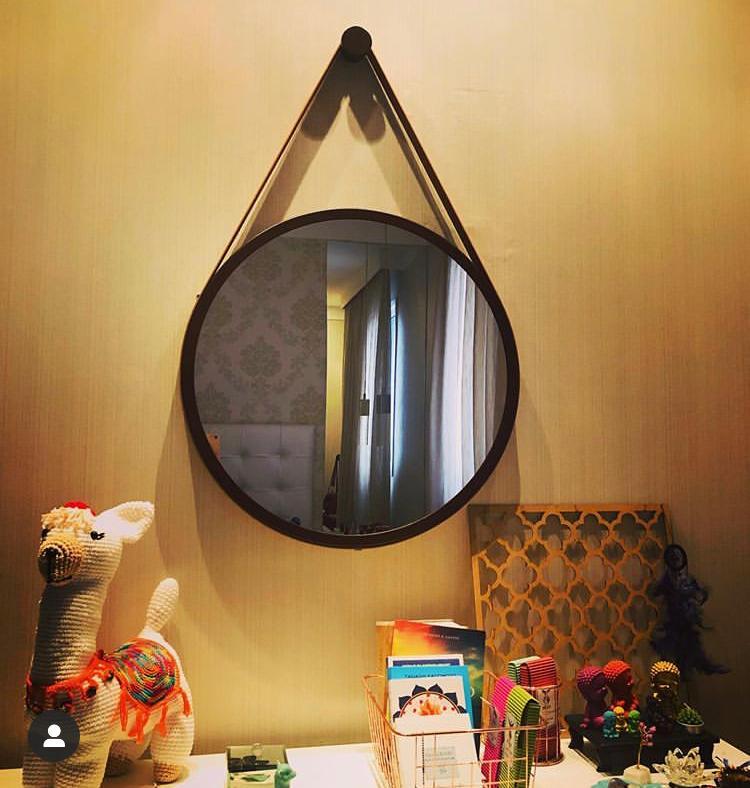Espelho Adnet redondo Marrom Com Alça Marrom