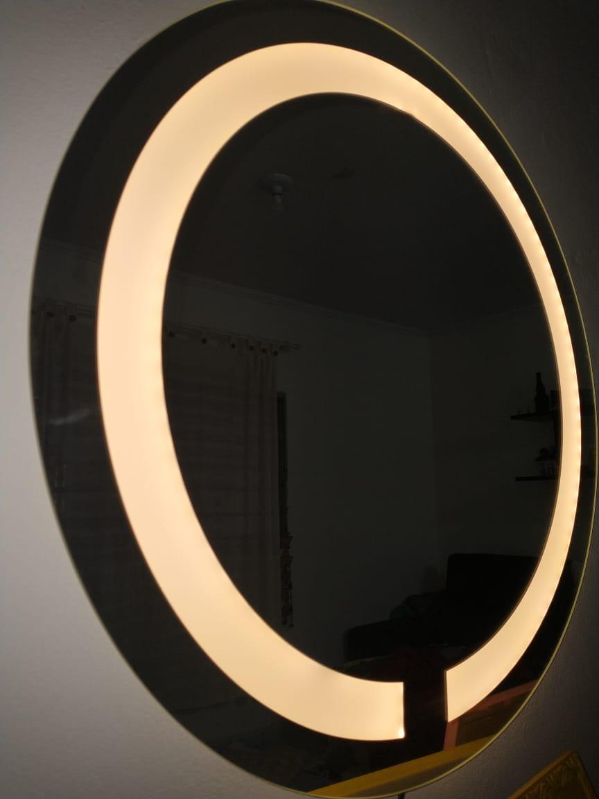 Espelho com led redondo jateado 60cm led quente