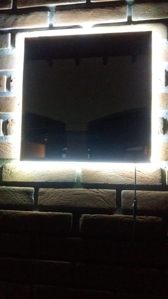 Espelho Lapidado Com Bisotê com LED - 40x60cm