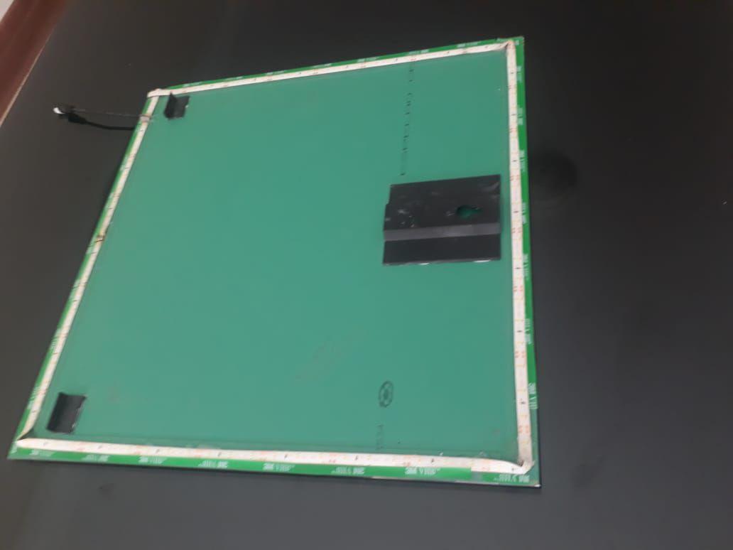 Espelho Lapidado Com Bisotê com LED - 60x60cm