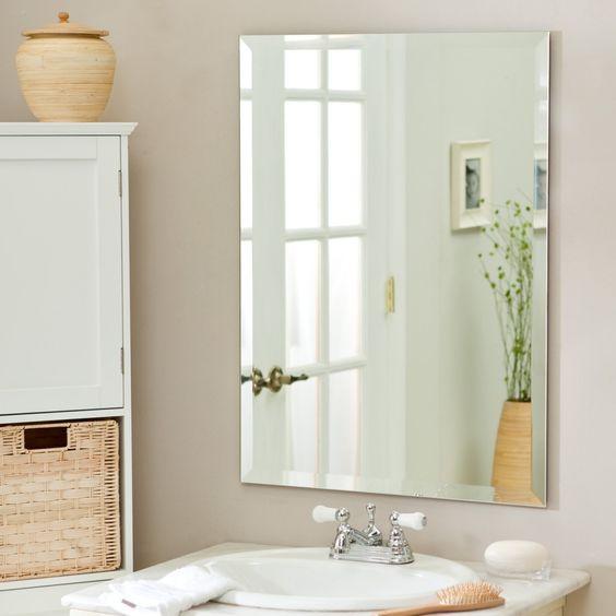Espelho Lapidado Com Bisotê fixado com botões - 60x80cm