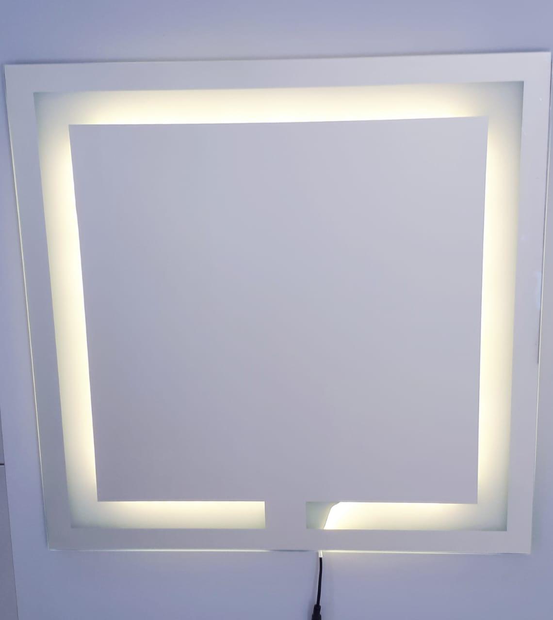 Espelho LED Frio quadrado iluminado jateado - 60x60cm