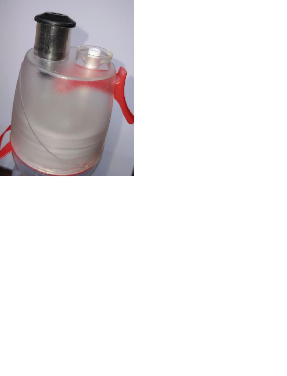Garrafa térmica squeeze borrifador spray fitness vermelha