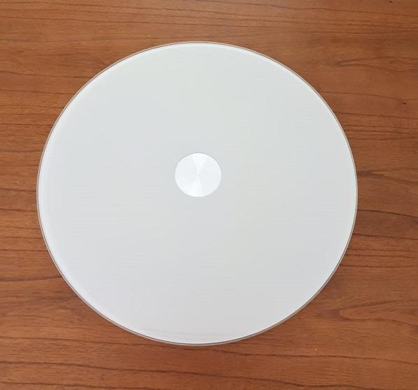 Prato giratório centro de mesa em vidro off-white e inox 80cm