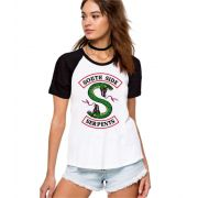 Camiseta Feminina Raglan Riverdale South Side Serpents Jughead ES_165