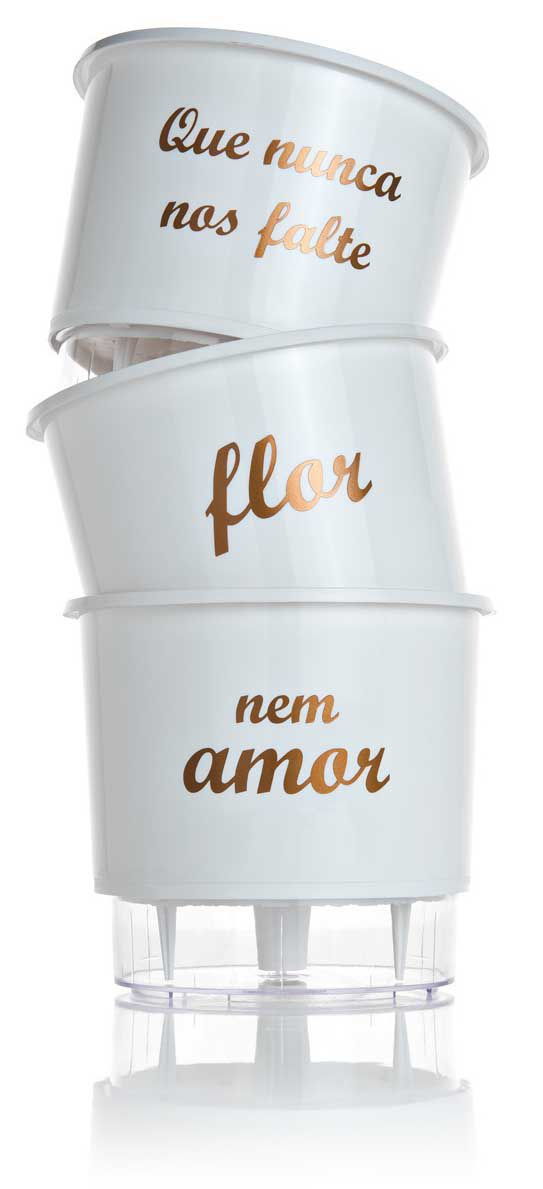 """Kit 3 Vasos Auto Irrigável """"Que nunca nos falte Flor nem Amor"""" - Branco"""
