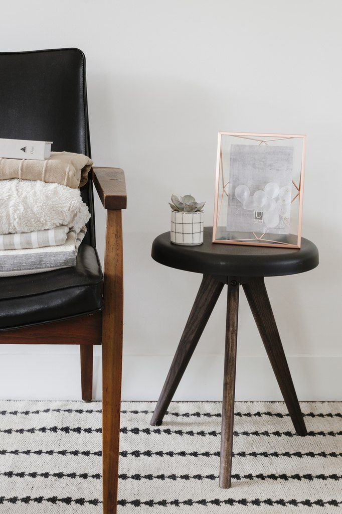Porta Retrato Prisma fosco de 10x15cm - Umbra
