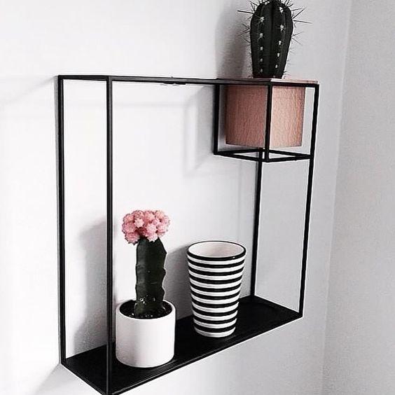 Prateleira Cubist com vaso - Umbra