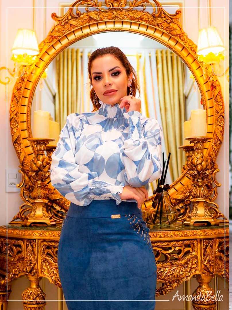 Camisa em Seda Luxous Gola Alta - Boutique K