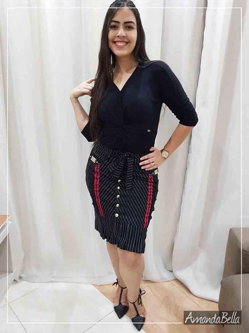 Saia Jeans Preta com Risca de Giz e Apliques em Renda - AmandaBella