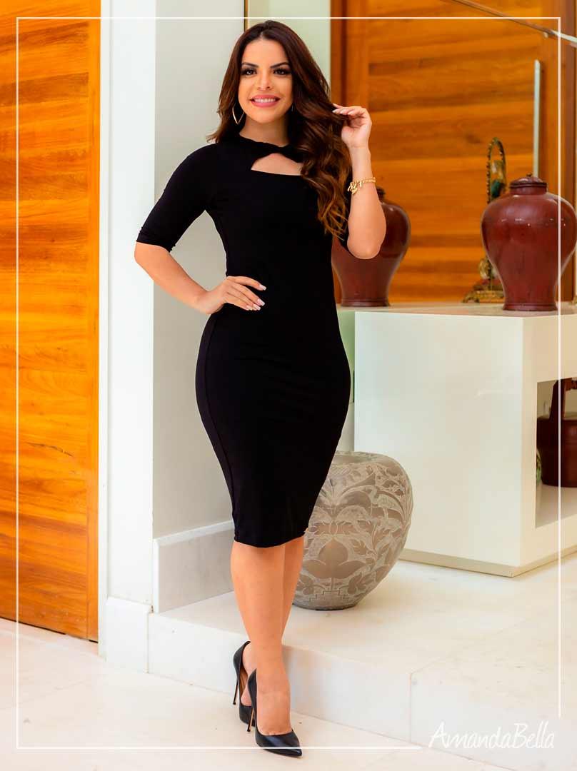 Vestido  Clássico Preto com Detalhe  - Boutique K