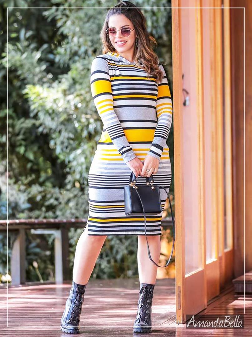 Vestido em Listras com Capuz - Boutique K