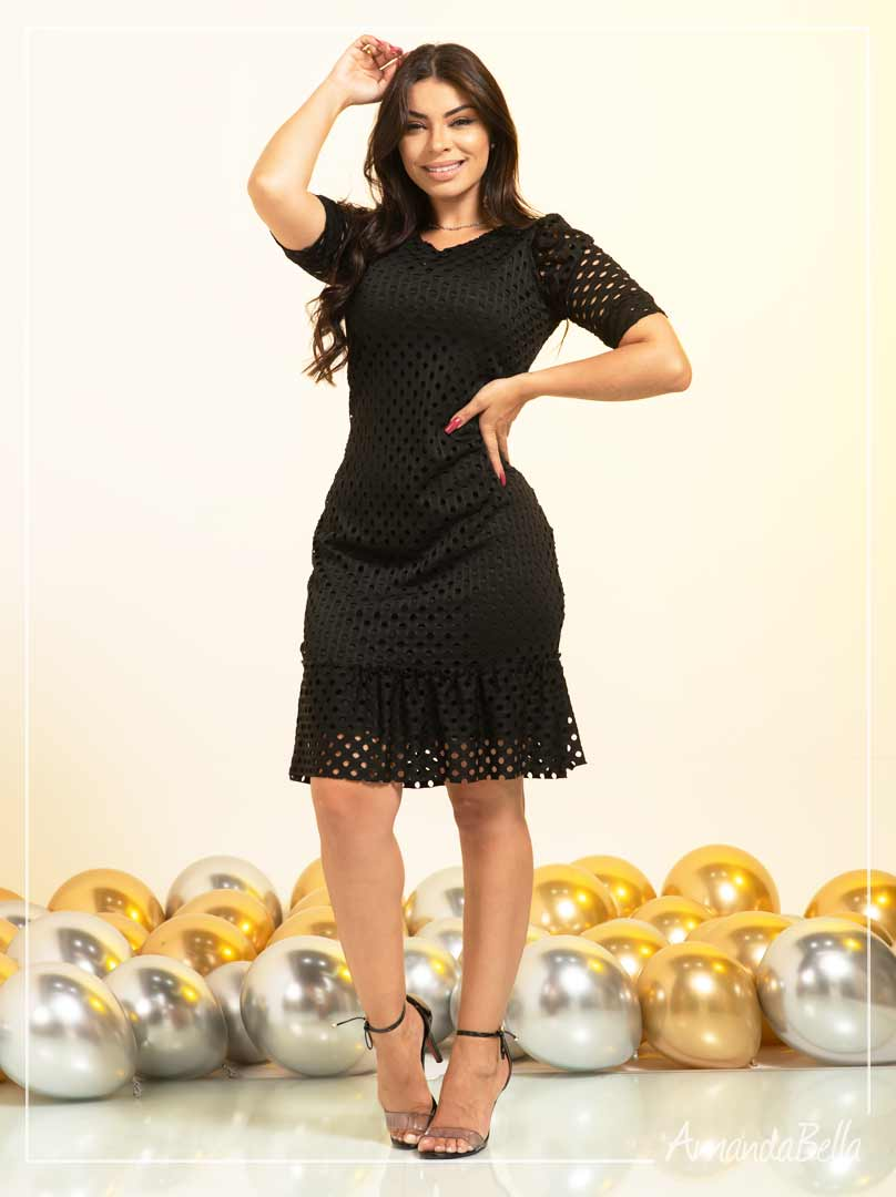 Vestido em Renda Laser Preto - Amanda Bella