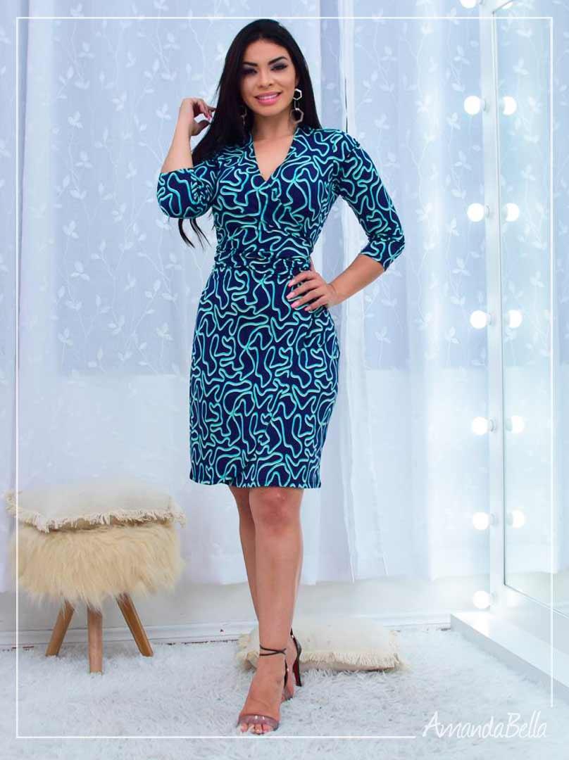 Vestido Estampado Azul Marinho com Transpasse no Busto - Amanda Bella