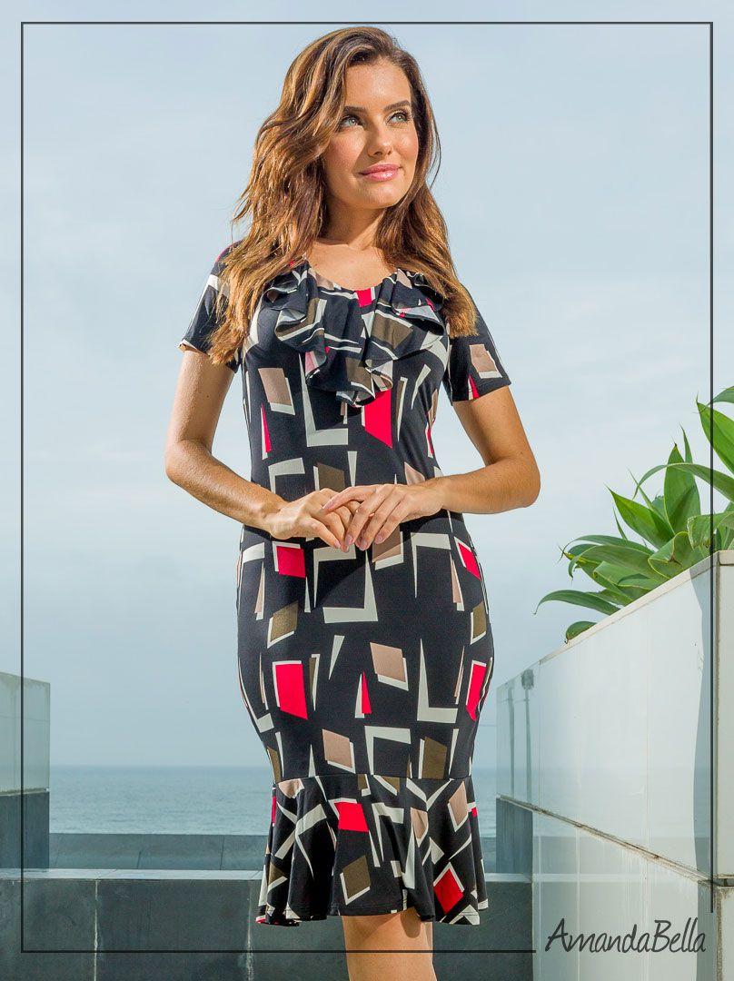482f4bf02 Vestido Estampado Geométrico com Detalhe nas Costas   Boutique K