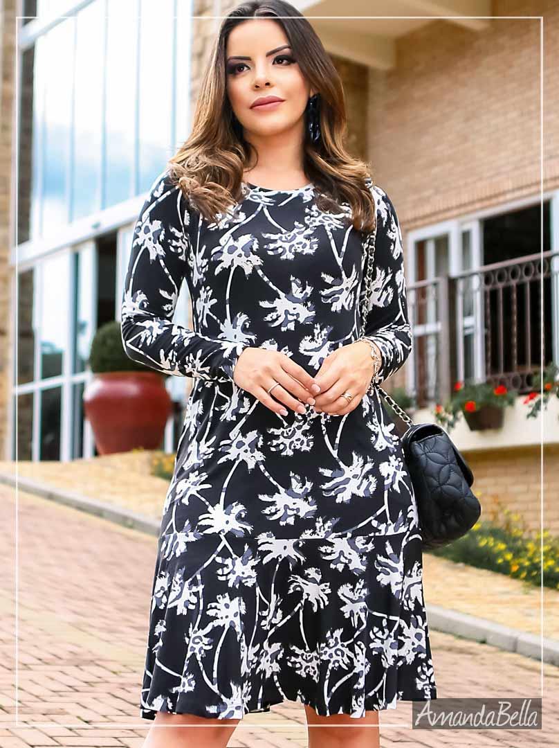 Vestido Feminino Floral Fundo Preto - Boutique K