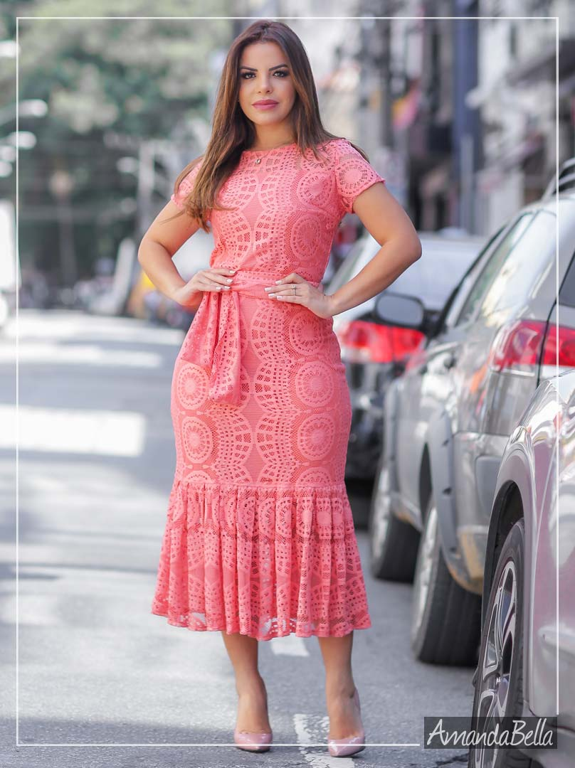 Vestido Midi em Renda Coral com Faixa - Az Irmãs