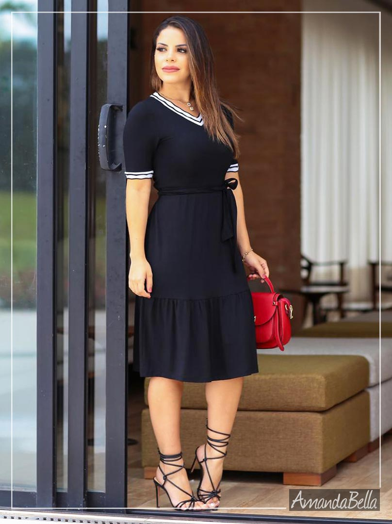 Vestido Midi Preto Soltinho - Enccante