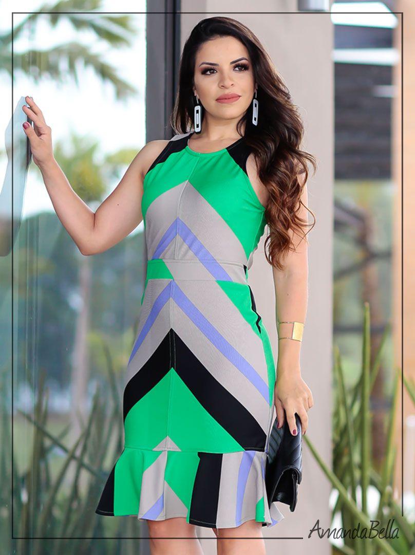 5c82b528c ... Vestido Tubinho Géometrico Estampado com Babado - Amanda Bella ...