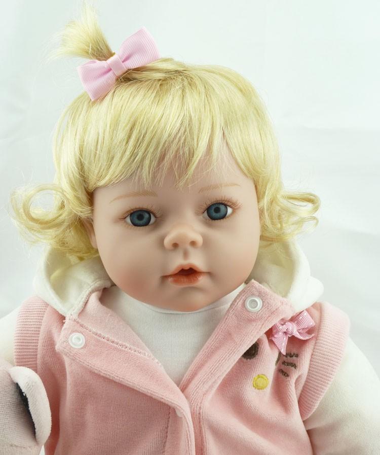 Bebê Reborn Victoria 55 cm Sob Encomenda