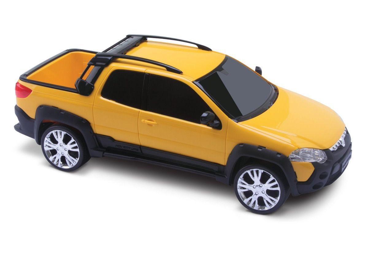 Carrinho Pick-up Fiat Strada Adventure Roma Brinquedos