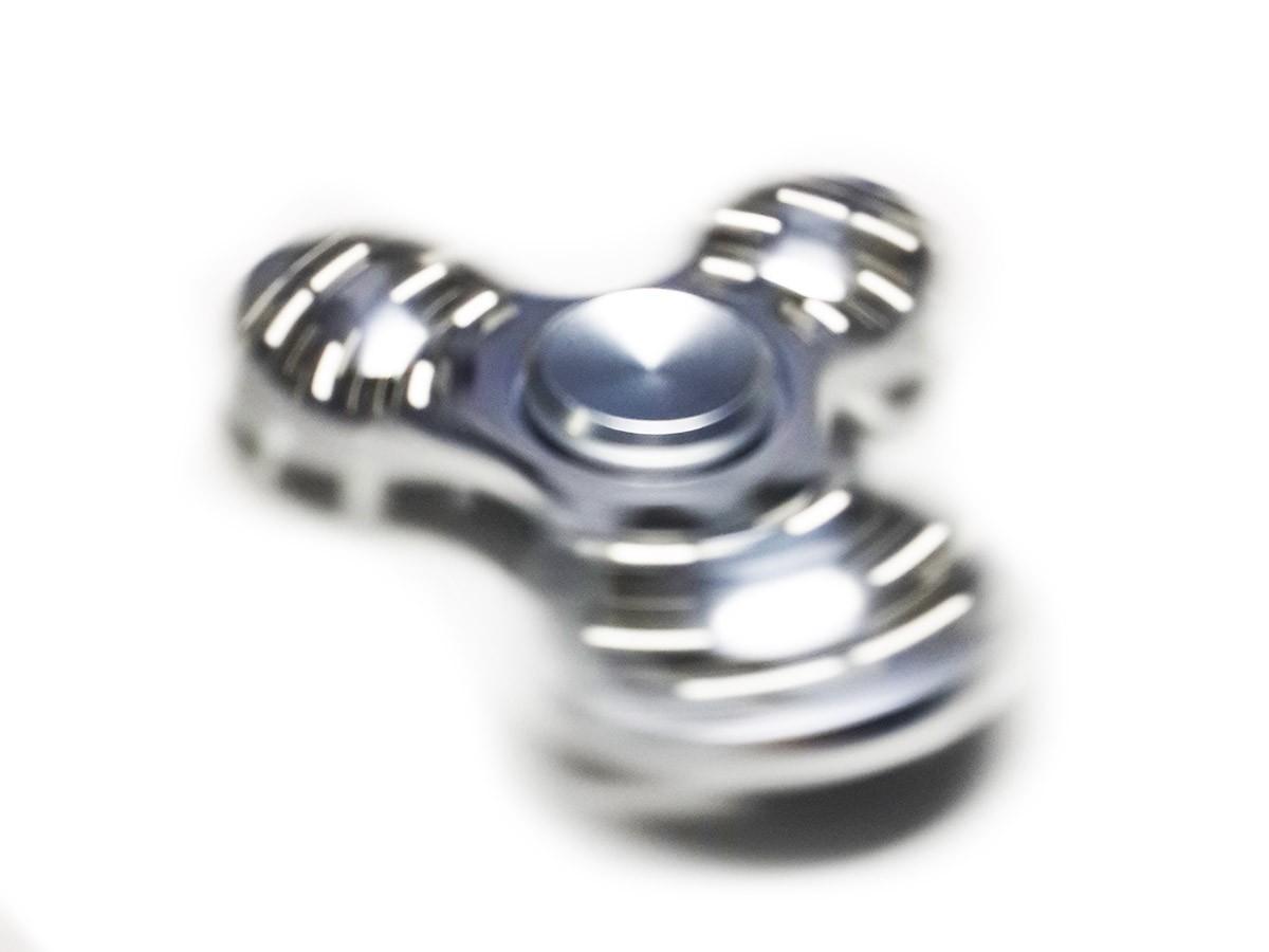 Hand Spinner Fidget de Metal Rolamento Metal Ansiedade Anti Estresse Giro Prata