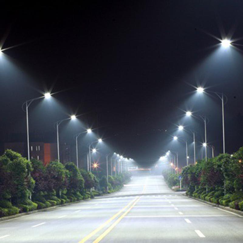Luminaria Poste Solar 60w Controle Presenca 120 Leds Refletor Sensor (ZEM-31553)