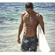 Bermuda Surf Body Show Estampada Losangos Preta em Tactel