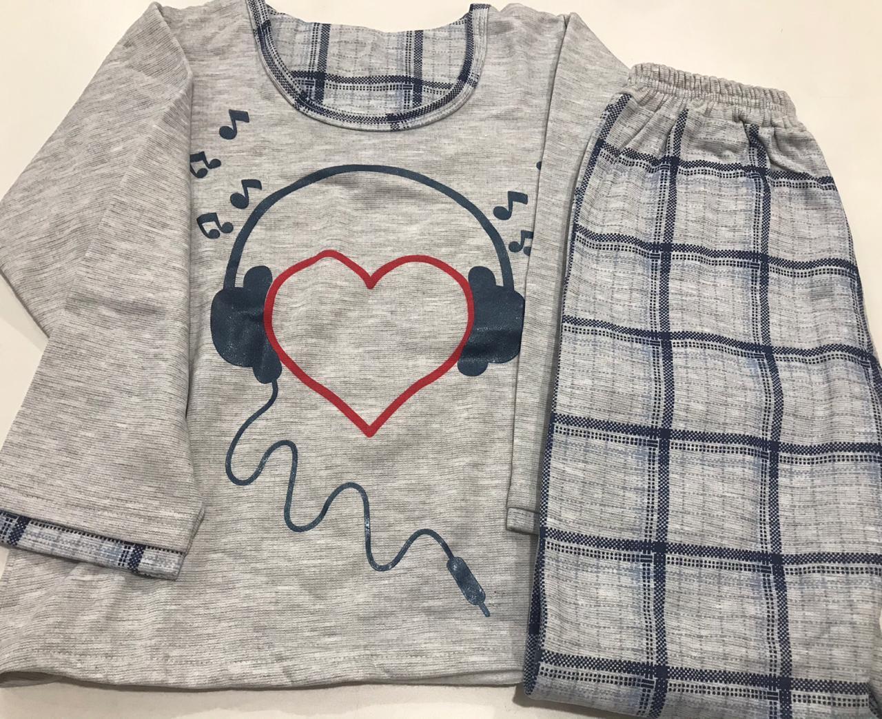 Pijama Feminino Infantil Gislal Escute seu Coração Xadrez em Algodão Flanelado