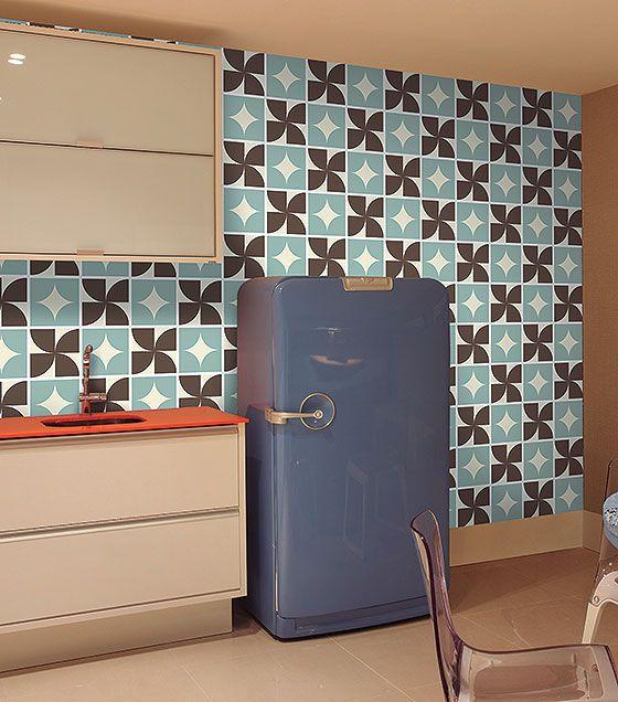 Kit de Ladrilho decorativo Autocolante - Spin (18 Peças - 15cm x 15cm)