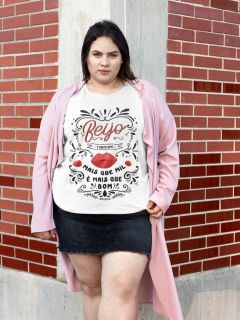 Camiseta Beijo - Sandy e Junior - Plus Size