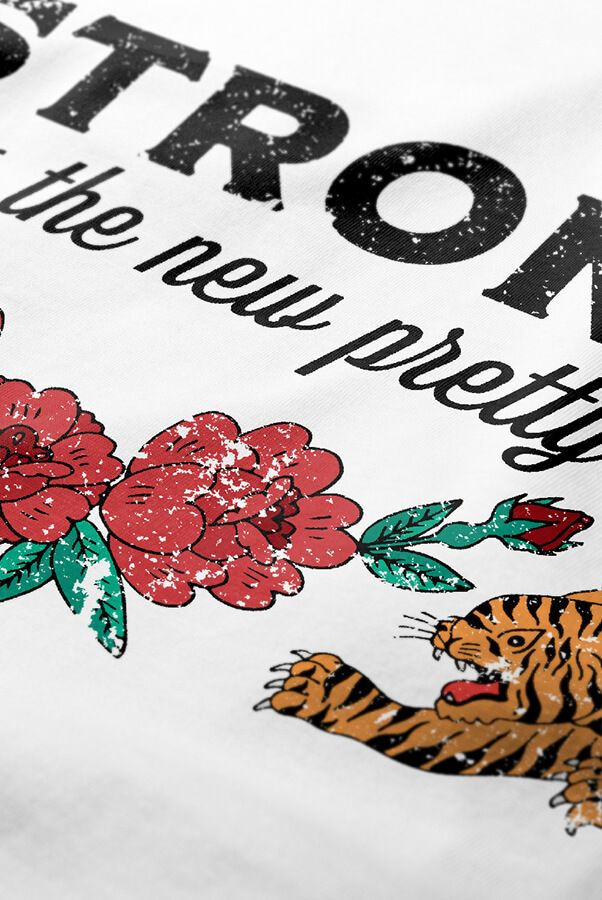 Camiseta  Strong is the New Pretty  - Doiska