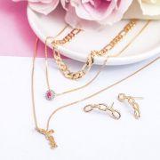 Conjunto delicado brinco e colar cor rubi banho de ouro