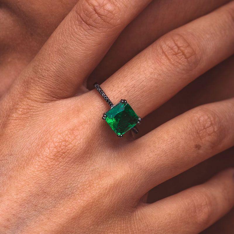 Anel pedra quadrada esmeralda fusion original ródio negro