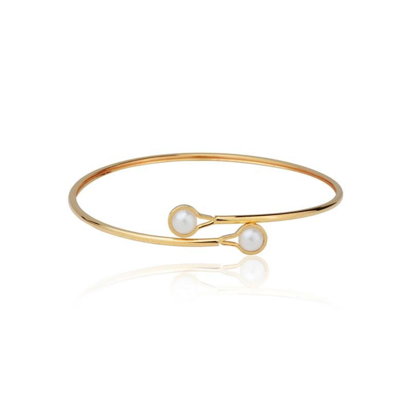 Bracelete detalhe pérolas banho de ouro