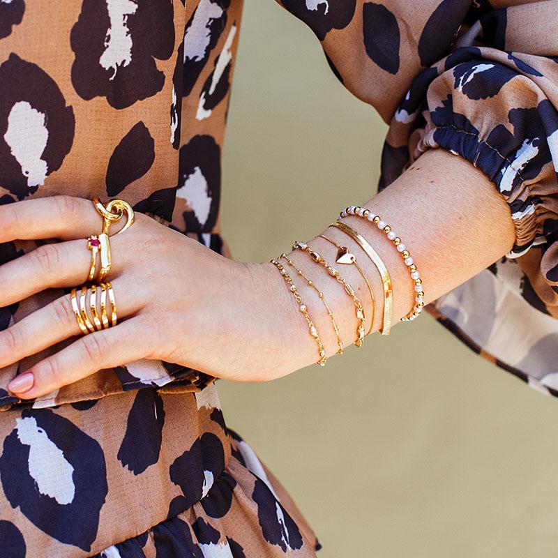Bracelete pérolas bolinhas banho de ouro
