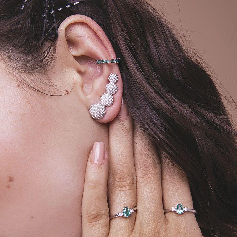 Brinco ear cuff bolinhas com detalhes ródio branco