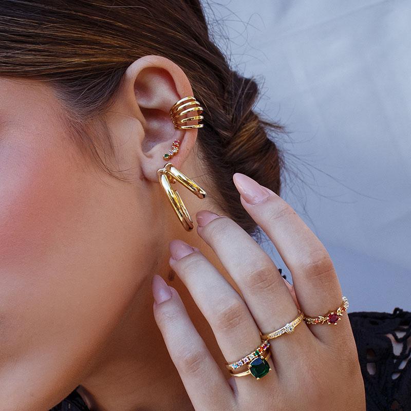 Brinco ear cuff delicado colorido banho de ouro 18k