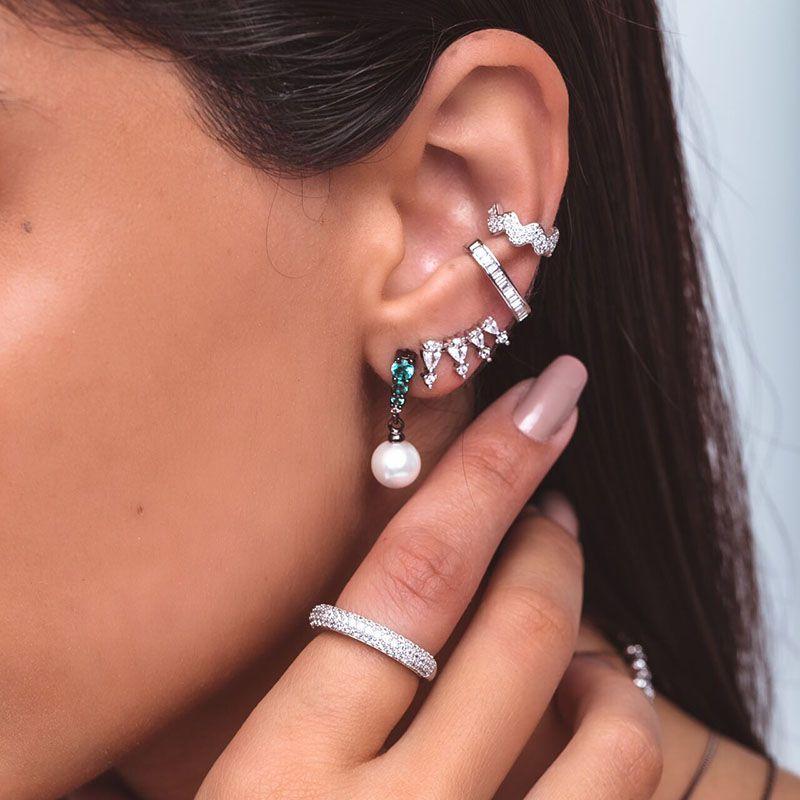 Brinco ear cuff gotas com ponto de luz ródio branco semi joia