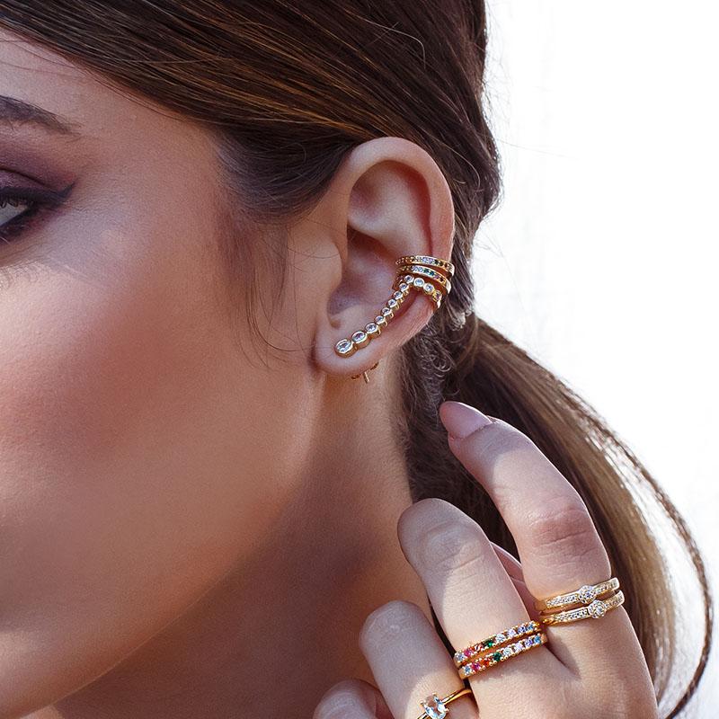 Brinco ear cuff pontos de luz banho de ouro 18k