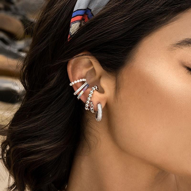 Brinco ear hook fake em prata 925 tubo rainbow ródio branco