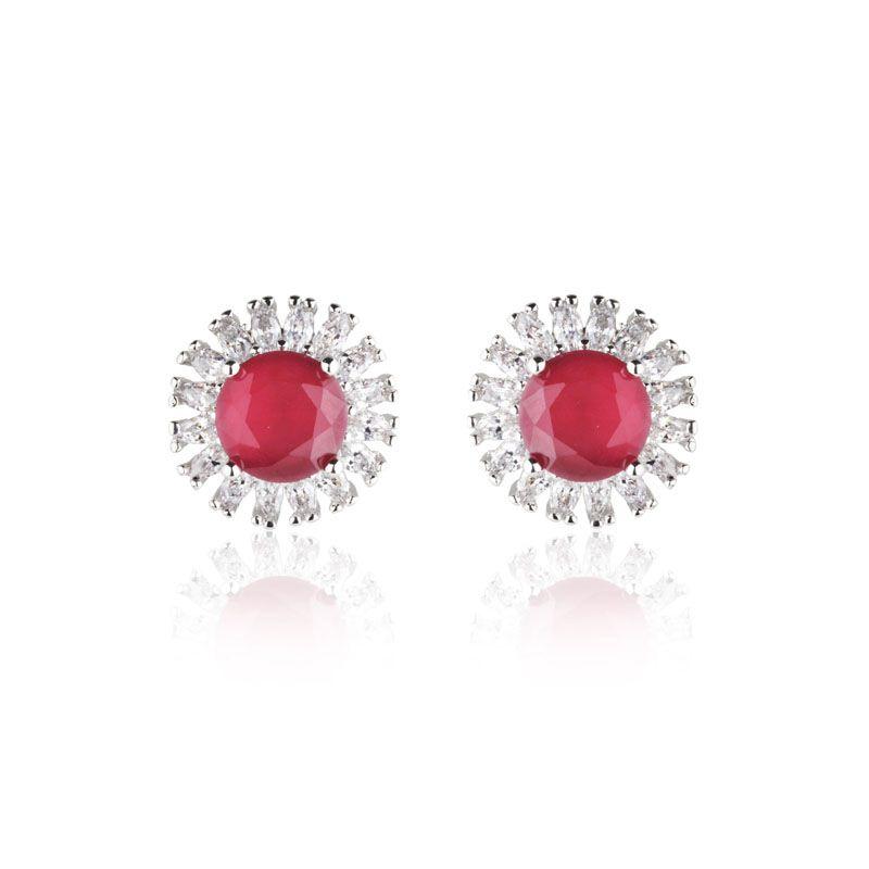 Brinco flor cor rubi e cristal ródio branco